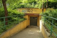 001-Hlavní-vchod-z-ulice-pod-Karlovem