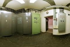 014-V-bočních-místnostech-je-i-elektrorozvodna