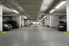 007-Část-pro-ukrývající-se-dnes-využívá-jako-garáže